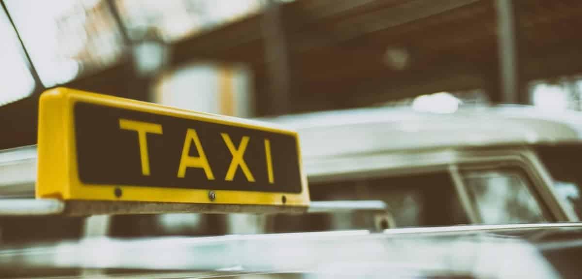 Các dự án chuyển đổi số được áp dụng làm thay đổi mô hình kinh doanh của các hãng taxi truyền thống